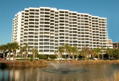 Bay Plaza condos in Sarasota